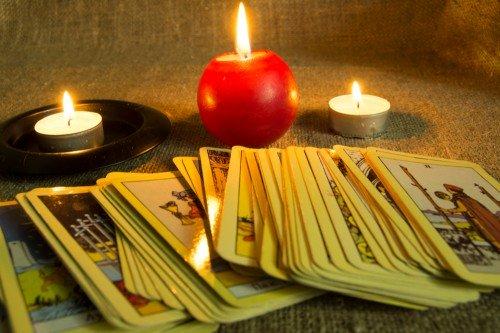 Tarot: Foto: © Zvereva_Tatiana / shutterstock / #1295443765